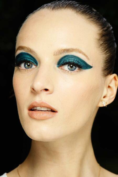 Atelier Versace make-up